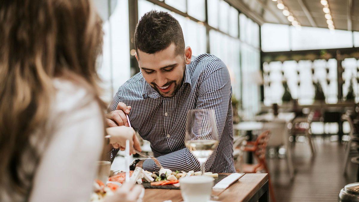 Restaurantes na Oscar Freire: conheça os 5 mais famosos e badalados