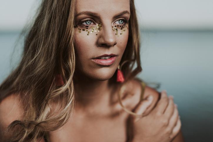 4 dicas para fazer uma maquiagem de carnaval incrível