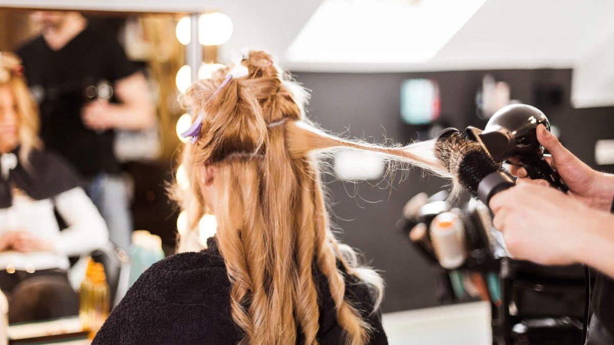 Os cabeleireiros das famosas: conheça os principais nomes