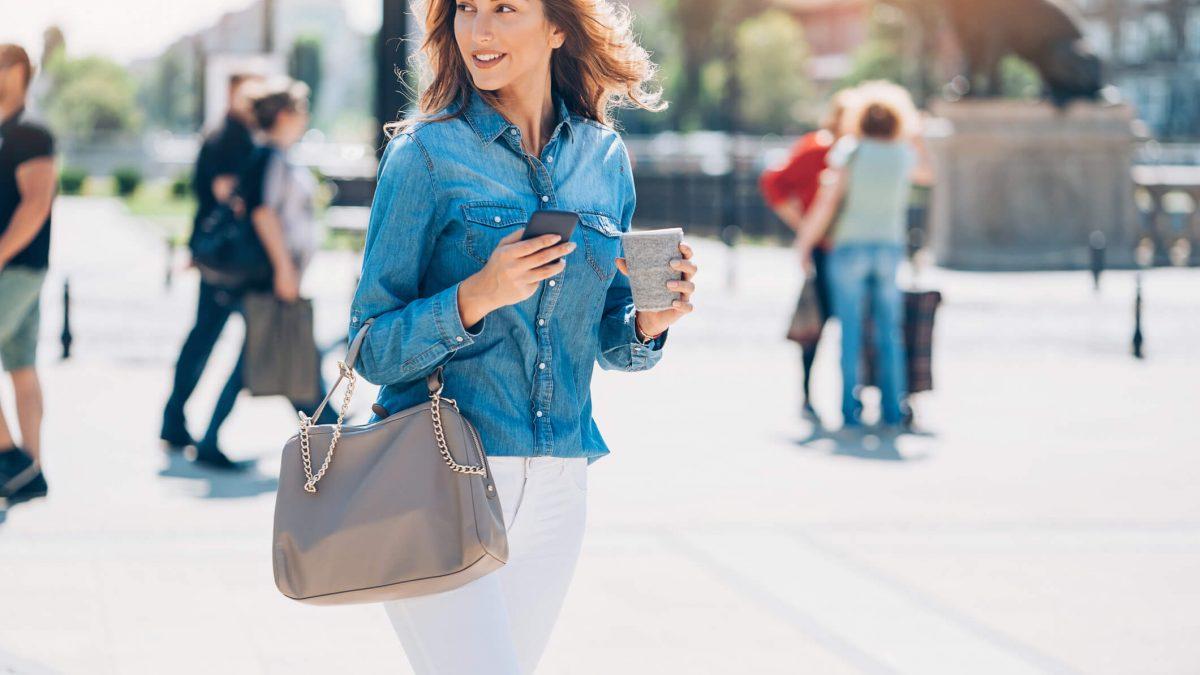 Look com bolsa: os principais tipos de bolsa e como combiná-los